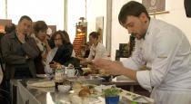 Carlos Aldea del Parador de Soria cocina para Mercasetas de Soria.