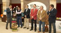 Las autoridades inauguran el Mercasetas en El Burgo de Osma